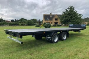 Bale trailer with drawbar