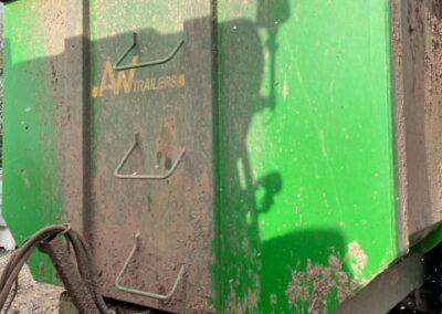 AW 12 tonner grain trailer - rear view