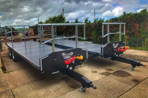 Two Terra-Line bale trailers side by side